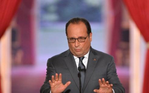 Im September 2015 argumentiert der französische Präsident François Hollande während seiner sechsten zweimal im Jahr stattfindenden Pressekonferenz für eine Vereinfachung des Arbeitsgesetzbuches des Landes und für eine Dezentralisierung des Entscheidungsprozesses bezüglich der Arbeitsvorschriften.