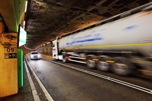 Sanierung Gotthard-Strassentunnel: JA zur zweiten Röhre, JA zur massiv verbesserten Sicherheit!