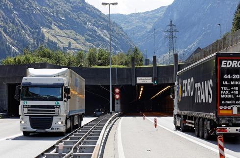 Gotthard_Roehre_268_w800px