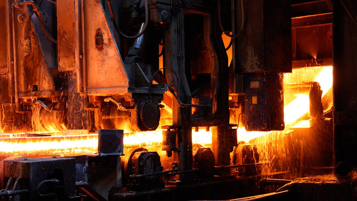 Für die energieintensiven Basisindustrien und für den Werkplatz Schweiz sind Versorgungssicherheit und Energiekosten existenziell. Der Strom muss immer 24 Stunden 7 Tage die Woche zur Verfügung stehen und dies zu international konkurrenzfähigen Preisen.